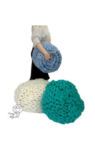 arm knitted pouffe