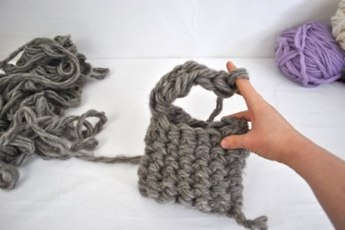 finger knitting for beginners