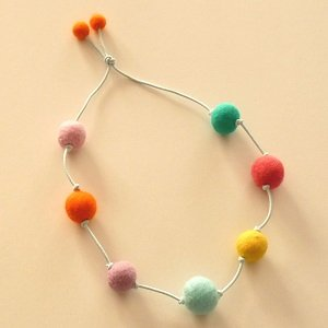 How To Wet Felt A Perfect Ball Necklace